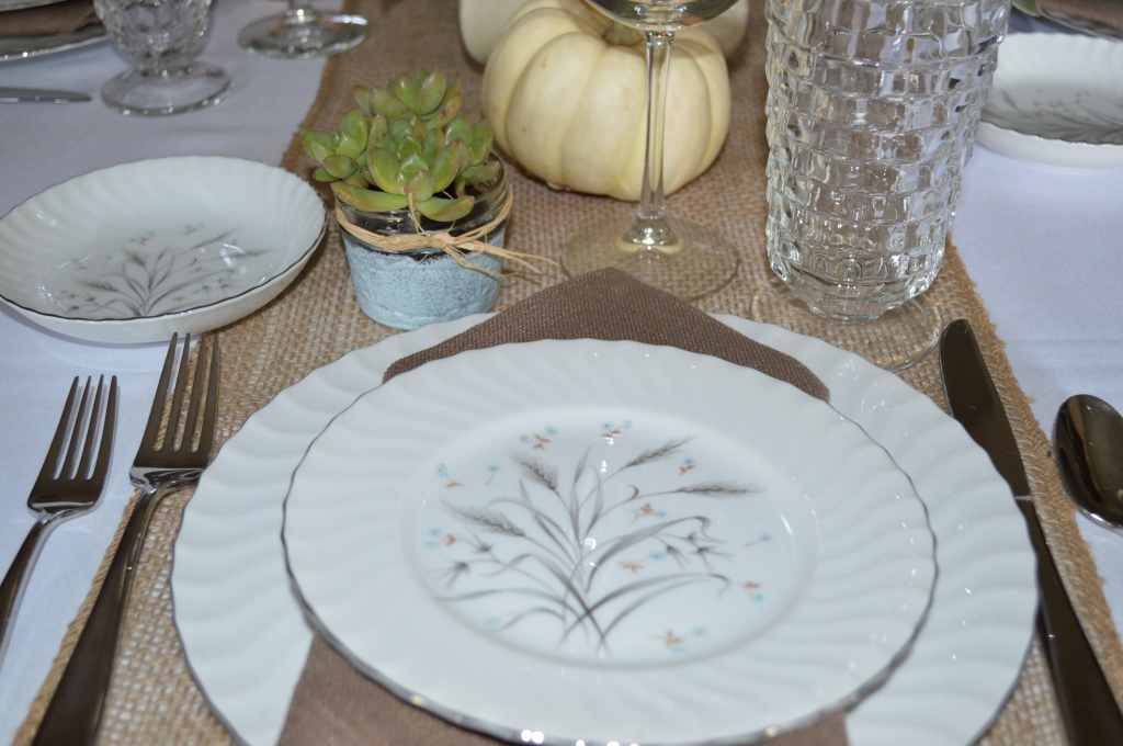 Our Thanksgiving Tablescape: Rustic Retro