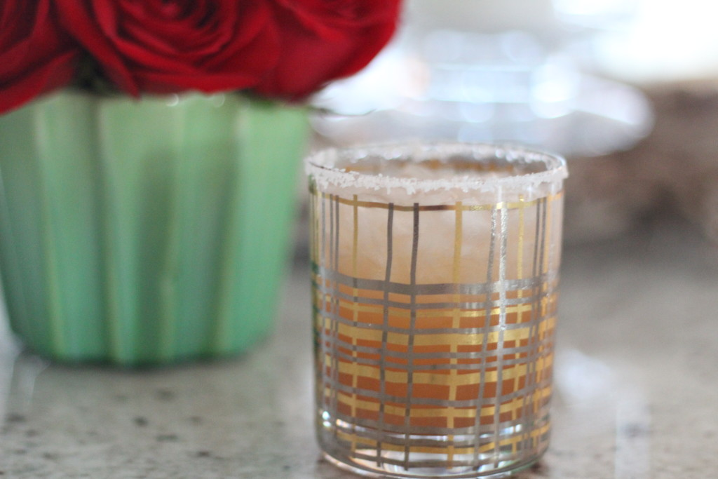 Saturday Sips : Salty Dog